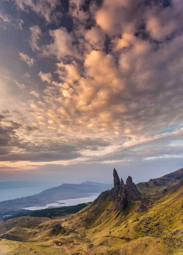 Mraky nad Old man of Storr